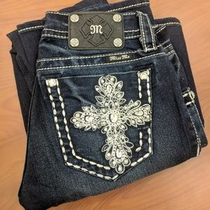 "Miss Me Jeans Bootcut Size 27 Inseam 34"" Cross"